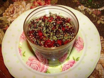 rose-tea-seeping