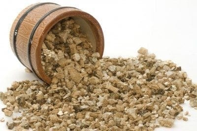 What is vermiculite: tips on using vermiculite growing medium
