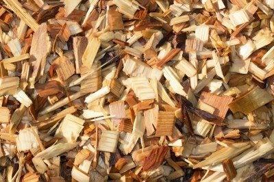 Shredded Cedar Mulch Tips On Using In Gardens
