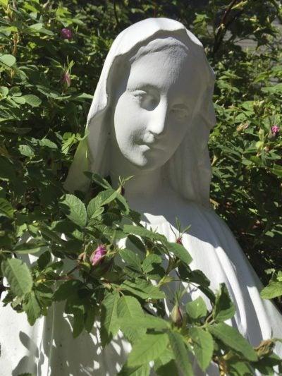Beau What Is A Saint Garden U2013 Learn How To Design A Garden Of Saints