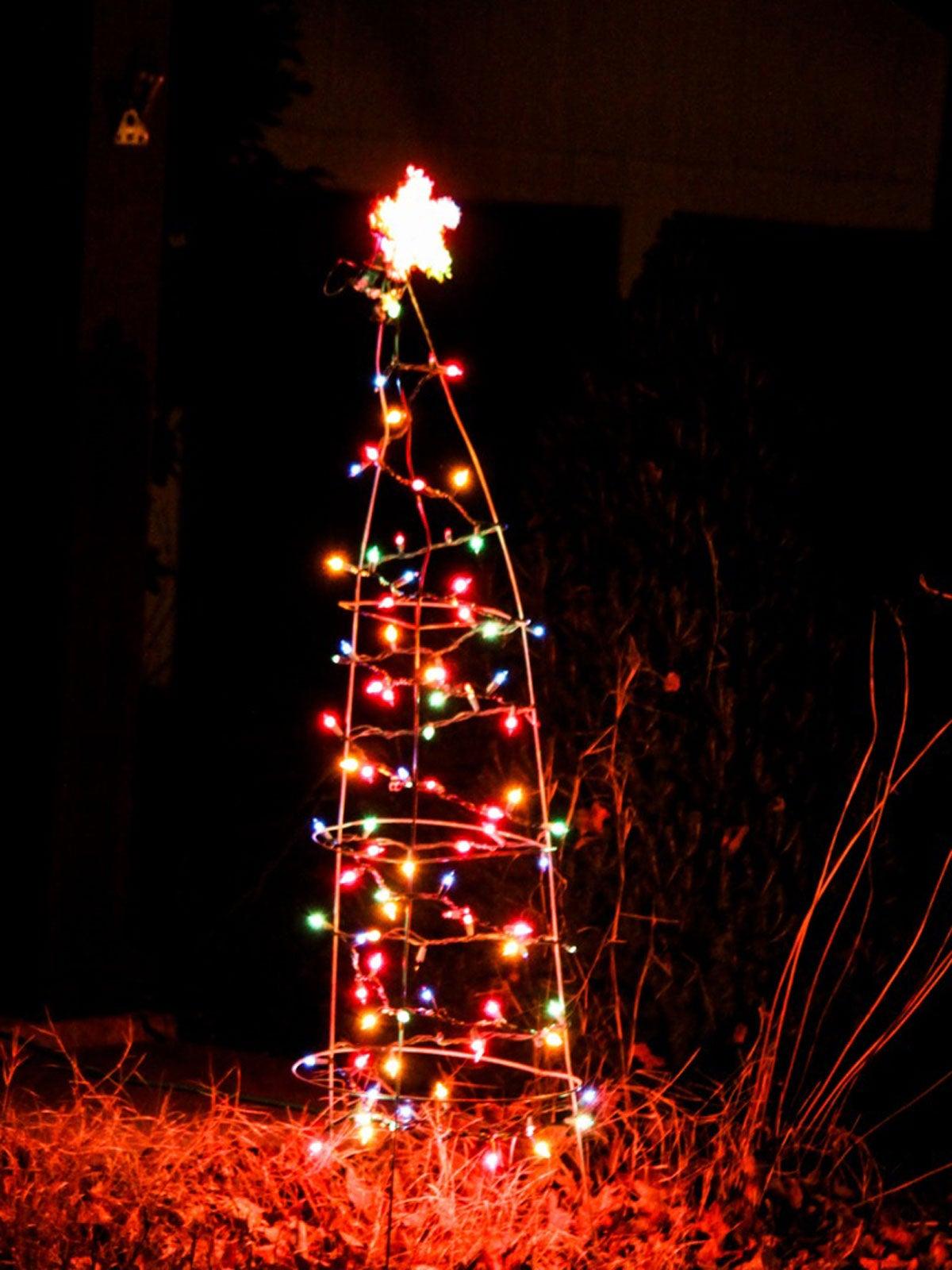 Tomato Cage Christmas Tree Ideas Repurposing Tomato Cages As Christmas Trees